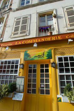 Honfleur, Normandy, France - pizza & crepe restaurant