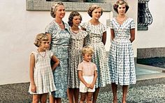 onemoreblogaboutroyals:  Carl XVI Gustaf of Sweden with his family-Princess Cristina, Princess Sibylla, Princess Désirée, Princess Birgitta, Princess Margaretha and center, Prince Carl Gustaf
