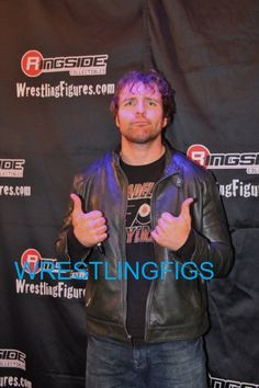 Looking good Dean Wwe Dean Ambrose, Best Wrestlers, The Shield Wwe, Wrestling Stars, Passionate People, Kissing Him, Seth Rollins, Roman Reigns, Wwe Superstars