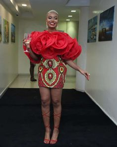 Here are some lovely ankara short gowns that will attract you a lot. These ankara short gowns come in different styles and designs and also made by the best tailors, let's check them out. Ankara Short Gown, Ankara Gown Styles, Ankara Skirt, Short Gowns, Ankara Gowns, African Lace Dresses, Latest African Fashion Dresses, African Outfits, Ankara Fashion