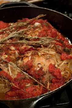 Skillet Baked Chicken Tuscan Style - yummy, we used balsamic and red wine vinegar and water instead of sherry Baked Chicken Recipes, Turkey Recipes, Baked Food, Turkey Dishes, Roasted Chicken, Italian Dishes, Italian Recipes, Great Recipes, Favorite Recipes