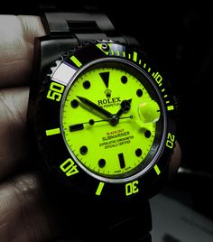 Not really a Rolex type of girl but…I would rock the hell outta this one. – waterproof watches for men, fashion watches for men, online watches for mens ad – Watch Center Amazing Watches, Beautiful Watches, Cool Watches, Rolex Watches, Rolex Noir, Black Rolex, Dream Watches, Rolex Submariner, Luxury Watches For Men