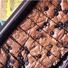 From: http://cemilan.larisin.com/post/134897957401/brownies-prima-rasa-for-order-contact-wa