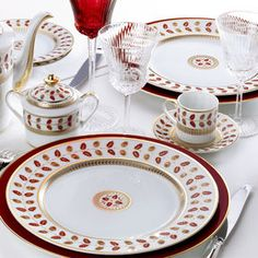 Constance Rouge by Bernardaud... Mix with Constance for Christmas?