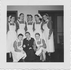 Krankenschwestern in der Ausbildung   von hansziel99