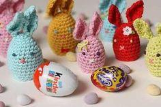 Ravelry: Huggie Bunnies (Crochet) free pattern by Sandra Paul Crochet Egg Cozy, Crochet Rabbit, Crochet Home, Cute Crochet, Crochet Yarn, Easter Crafts, Holiday Crafts, Easter Crochet Patterns, Holiday Crochet