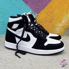 Nike Air Jordan 1 Black and White Now available for € at PostuZap . Dr Shoes, Cute Nike Shoes, Cute Nikes, Cute Sneakers, Nike Air Shoes, Hype Shoes, Shoes Men, Shoes Cool, Jordans Sneakers
