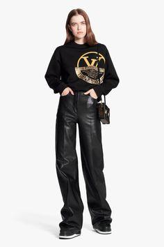 Denim Fashion, Girl Fashion, Black White Fashion, High End Fashion, Couture Dresses, Simple Outfits, Korean Fashion, Ready To Wear, Girl Outfits