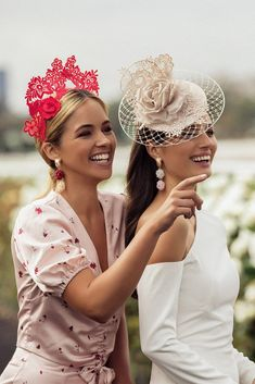 Ascot Outfits, Derby Outfits, Outfits With Hats, Kentucky Derby Outfit, Derby Attire, Kentucky Derby Fashion, Race Day Outfits, Mode Outfits, Facinators Wedding