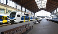 Hungarian passenger operator MÁV-START Zrt. and Stadler have signed today a frame agreementabout the delivery of up to 40 6-car double-deck KISS EMU. MÁV-START has an obligation to order a minimum…