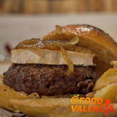 "Lamburguesa ""l'Eliana"" – Food Valencia Valencia, Hamburger, Ethnic Recipes, Food, Hamburgers, Eten, Meals, Loose Meat Sandwiches"