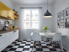 sol-damiers-noir-blanc-cuisine