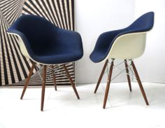 Toile and design on pinterest for Mobilier international eames