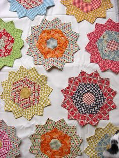 hexies and pents, make pretty flowers