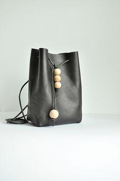 I built a bag | Between the Lines
