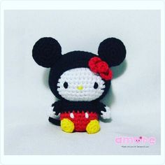 Amigurumi hello kitty dress as Mickey mouse