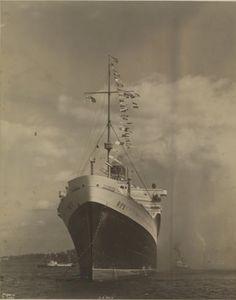 Italian Line REX at Quarantine, 1930s, Byron & Co. photo