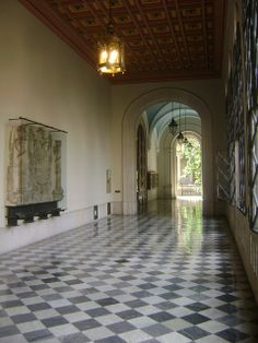 Universitat de Barcelona: You can see the Emperor Charles's coat of arms on the wall, behind the glass.