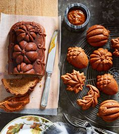 Add an autumnal finish to an everyday meal or a special celebration with these fall cakes. Embellish with a light glaze, icing or a dusting of confectioners' sugar.
