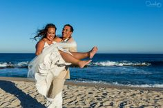 Real moments of a wedding day in Los Cabos beach.