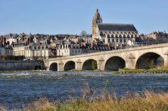 Les bords de Loire et la Cathédrale St-Louis de Blois
