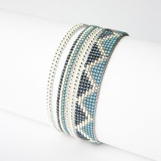 Bracelet tissé / Perles Miyuki / ARGENT, GRIS , GRIS BLEUTÉ / : Bracelet par tadaam-bijoux