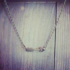 Arrow necklace: $12.50-9.75€ shop online:  http://maipendant.ecarty.com/public/producto/84469