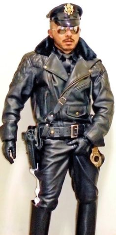 Leather Men, Leather Tops, Men Wear, Real Men, Archive, How To Wear, Boots, Military, Leather