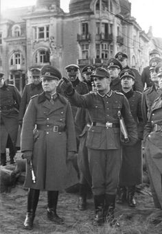 A look at the life and military operations of German General Erwin Rommel. Afrika Corps, Erwin Rommel, Germany Ww2, Man Of War, Ww2 Photos, German Army, Panzer, Ww2 Uniforms, Luftwaffe