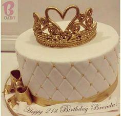 Birthday Cakes For Girls - Novelty Birthday Cakes Birthday Cake Crown, 25th Birthday Cakes, Novelty Birthday Cakes, Birthday Cakes For Women, Birthday Cake Girls, Fondant Crown, Crown Cake, Girl Cakes, Baby Cakes