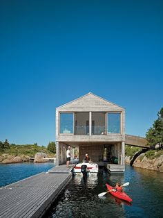 Floating House in Lake Huron MOS Architects Style At Home, Lac Huron, Mos Architects, Haus Am See, Lakefront Property, Floating House, Boat Dock, Waterfront Homes, Roof Structure