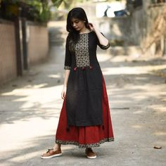 Buy RustOrange Red & Black Cotton Solid Straight Kurti online in India at best price. When it comes to fusion, this styles makes a mark.The perfect combination of cut, Block print and de Kurti Designs Party Wear, Salwar Designs, Blouse Designs, Kurta Patterns, Dress Patterns, Indian Attire, Indian Wear, Ethnic Fashion, Indian Fashion