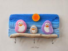Art Drops: Owl rocks ༺✿Teresa Restegui http://www.pinterest.com/teretegui/✿༻