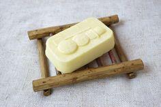 Rustic gift for house warming party. Bathroom Accessories – Wood Soap Dish Soap draining Rustic Soap Tray – a unique product by bytckkatya via en.DaWanda.com