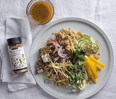 A beautiful Asian-inspired bowl that will keep you full until your next meal. Epicure Recipes, Good Food, Yummy Food, Fussy Eaters, Bowls, Cabbage, Meal, Asian, Inspired