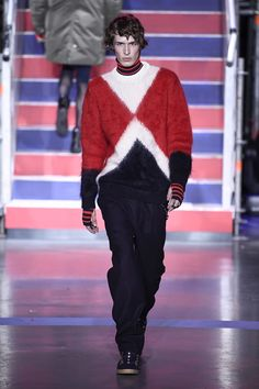 c6d8eec6459 See the complete Tommy Hilfiger Fall 2017 Ready-to-Wear collection. Tommy  Hilfiger