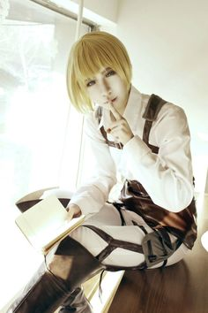 YoKuma(郁玖) Armin Arlert Cosplay Photo - WorldCosplay