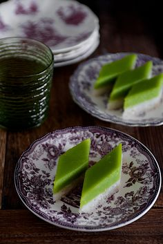 Kuih Seri Muka Recipe - A two-layered dessert with steamed glutinous rice forming the bottom half and a green custard layer made with pandan juice.