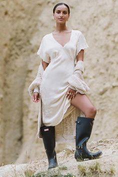 Bohemian Style, Boho Chic, Wellies Rain Boots, Free Online Shopping, Romantic Outfit, Jacquard Dress, Boho Festival, Pattern Mixing, Fashion 2020