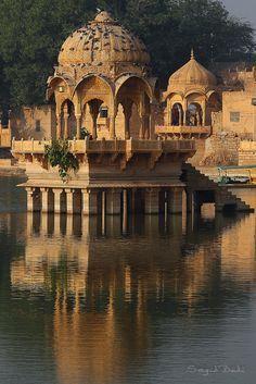 Gadisar Lake, Gadhisagar pol, Jaisalmer, Rajasthan, India