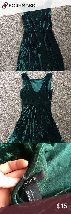 FOREVER 21 VELVET DRESS Like new, worn once. Forever 21 emerald green velvet dress. Size small. Forever 21 Dresses Mini