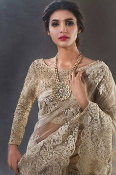 Pakistani fashion is everything. Full Sleeves Blouse Designs, Sari Blouse Designs, Sleeve Designs, Blouse Patterns, Lace Saree, Saree Dress, Saree Blouse, Cotton Saree, Saris