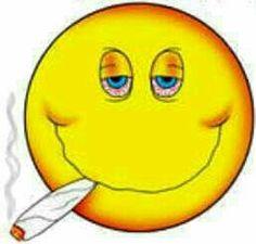 Emoticon Faces, Funny Emoji Faces, Animated Emoticons, Funny Emoticons, Emoji Pictures, Emoji Images, Smoking Emoji, Lach Smiley, Middle Finger Emoji