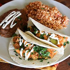 Chicken in Chipotle Cream Sauce. Chicken in chipotle cream sauce with mushrooms and onions makes a great taco filler.it's like a Mexican stroganoff! Baby Food Recipes, Mexican Food Recipes, Chicken Recipes, Ethnic Recipes, Easy Recipes, Kalbi Beef, Flank Steak Tacos, Salsa, Winner Winner Chicken Dinner