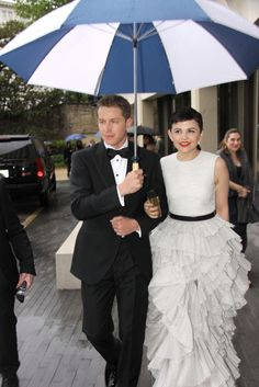 Ginnifer Goodwin - Ginnifer Goodwin And Josh Dallas At The White House Correspondents Dinner<====They are freaking adorable.