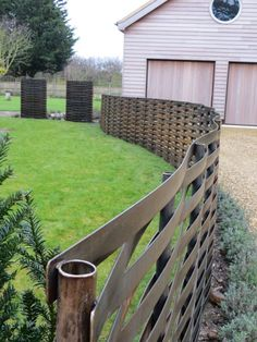 these 27 fence ideas provide security and privacy while adding beauty to any modern house. Fence Gate Design, Modern Fence Design, Yard Design, Backyard Fences, Garden Fencing, Backyard Landscaping, Contemporary Fencing, Steel Fence, Steel Wall