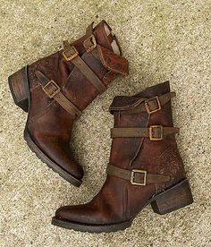I neeeeeeeed these. Ugh.       Freebird by Steven Apex Boot