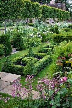 French Parterre Garden, uncredited