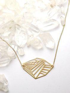 Vertex necklace