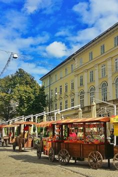 10 Reasons that Lviv, Ukraine should be on your bucket list of cities to visit. Hint the architecture is one of the many reasons  Lviv is a great travel destination.